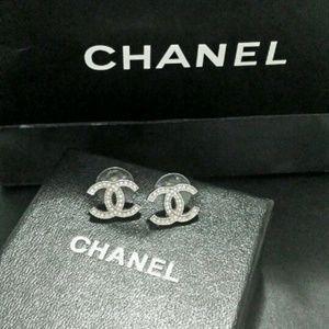Classic Chanel CC logo silver earrings